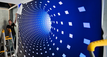 Mur Tendu avec éclairage LED multicouleur